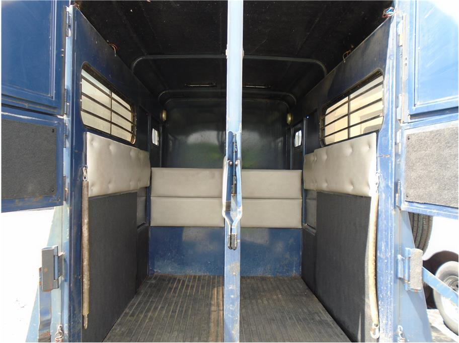 1990 Circle J 2 Horse Straight Load Bp Sku 407217